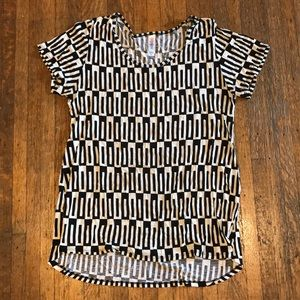 Lularoe medium Classic T - black white geometric